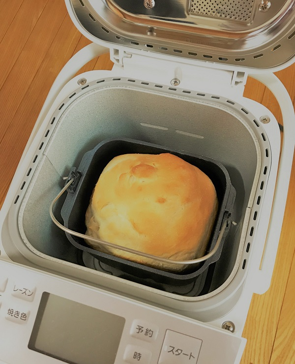 焼きたて食パン